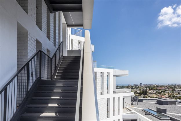 dhk completes sculpted monolithic apartment block in Century City