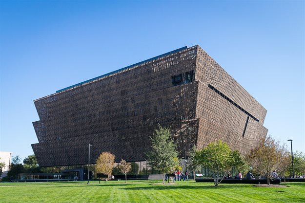 David Adjaye's Smithsonian National Museum of African American History and Culture in Washington DC. Image by Difference engine, , CC BY-SA 4.0