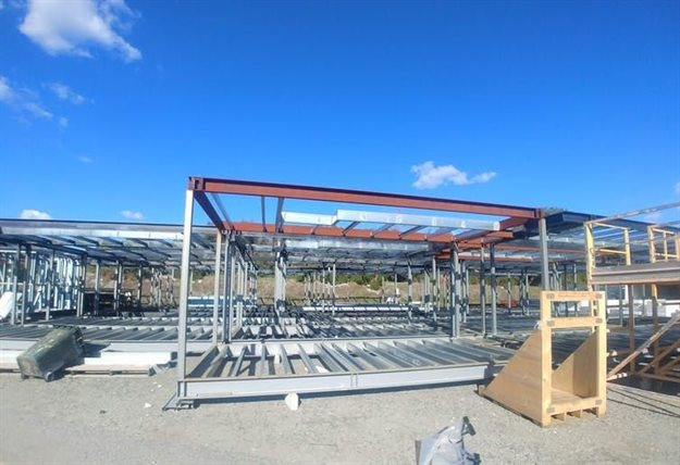 The reuse of steel frames for building saves costs and reduces resource consumption and emissions. Author provided
